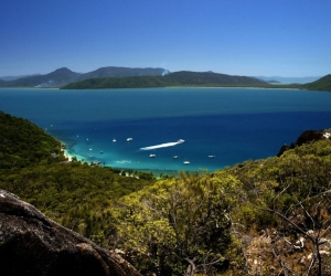 Deep time: Aboriginal stories tell of when the Great Barrier Reef was dry land
